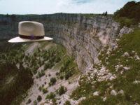 Le retour du chapeau (The return of the hat), 1998